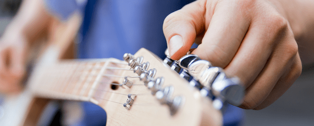 Guitar Tuning With Harmonics
