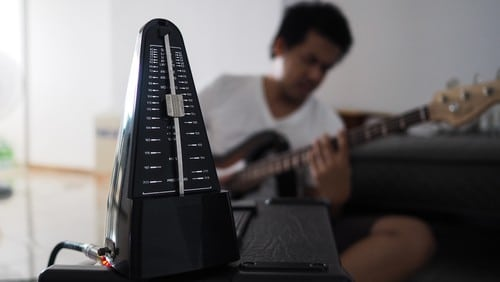 maximise guitar practice using metronome